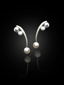 Scavia Earrings ( Pearls )