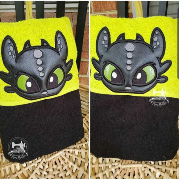 Hooded Towel - Toothless Dragon