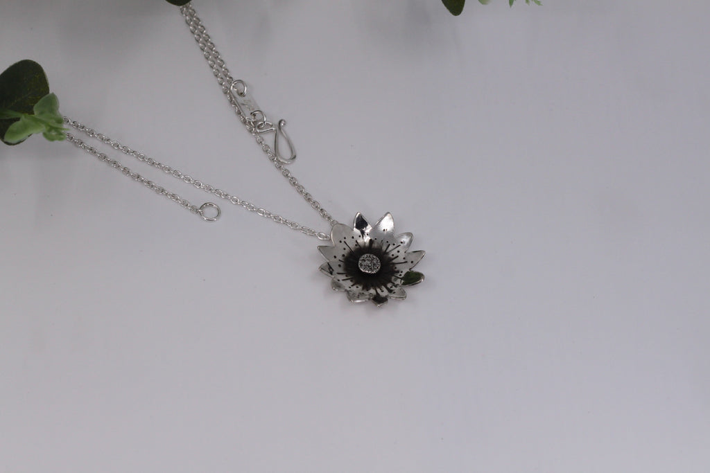 Sunflower Pendant Necklace - Large