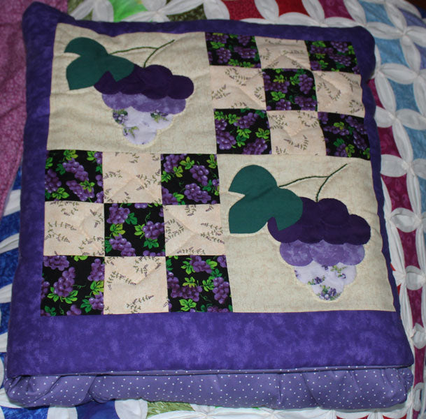 Purple Grape Pattern Quillow