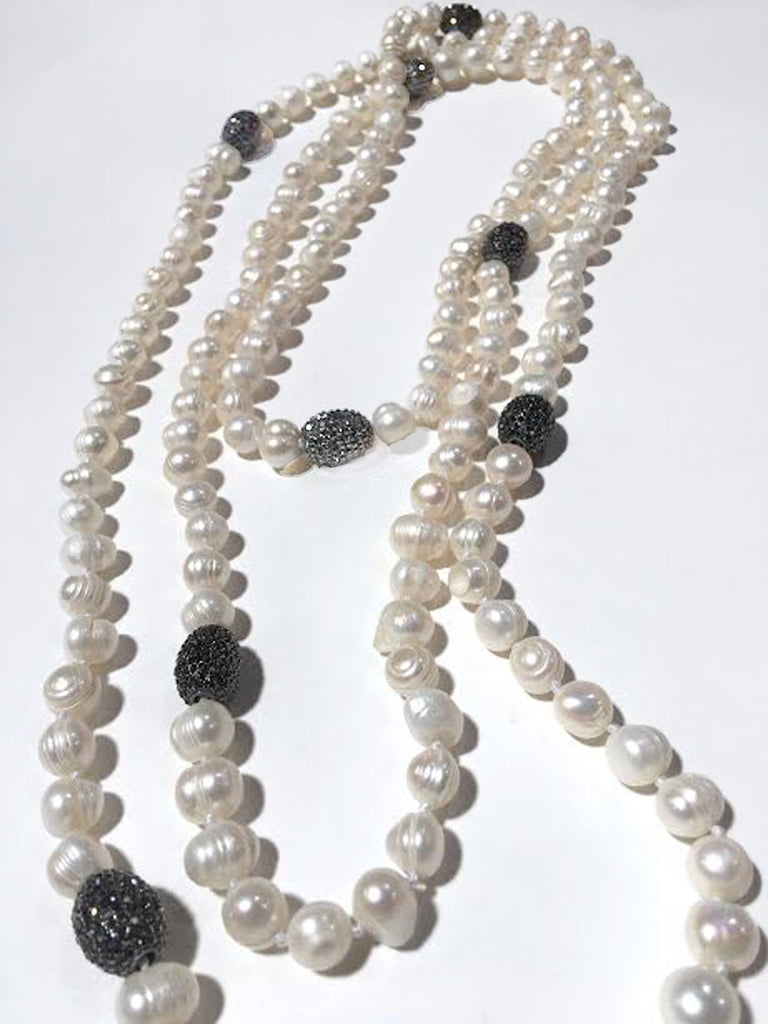 Simply Pearls Necklace