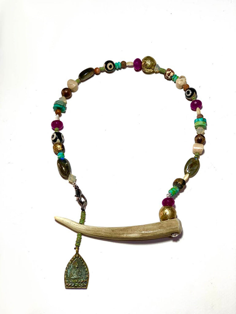 Horn Tribal - B Necklace