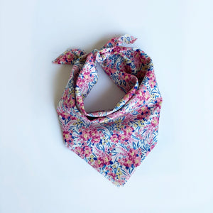 Adult Kerchief in Gilli Liberty