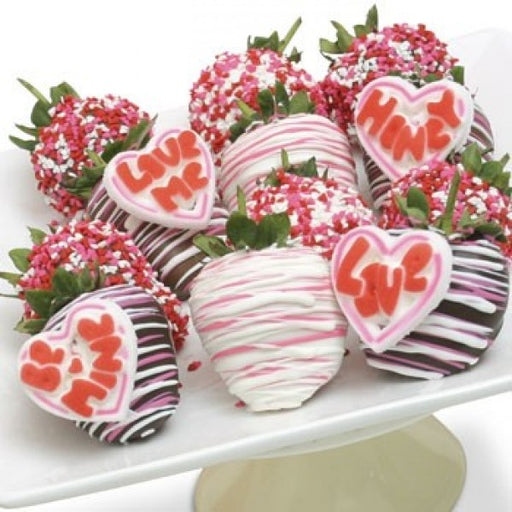12 Valentines Day Chocolate Covered Strawberries W/ Candie