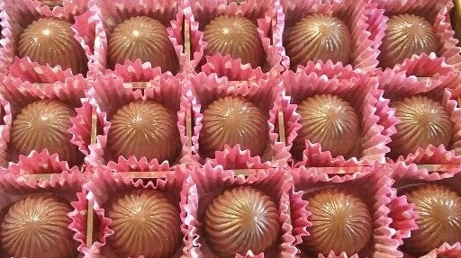 Hazelnut Bliss, Chocolate Truffle with Hazelnut Liqueur / ALL NATURAL / 15 count