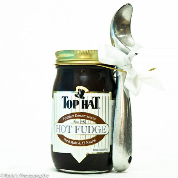 Hot Fudge Sauce With Ice Cream Scoop - Chocolate.org