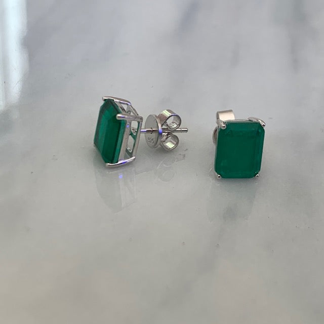 Sterling silver emerald green rectangular stud earrings