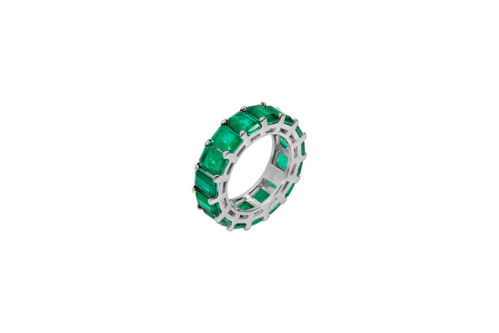 Sterling silver emerald green all around stone cz band