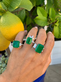 Sterling silver large Emerald green ring with emerald cut sides
