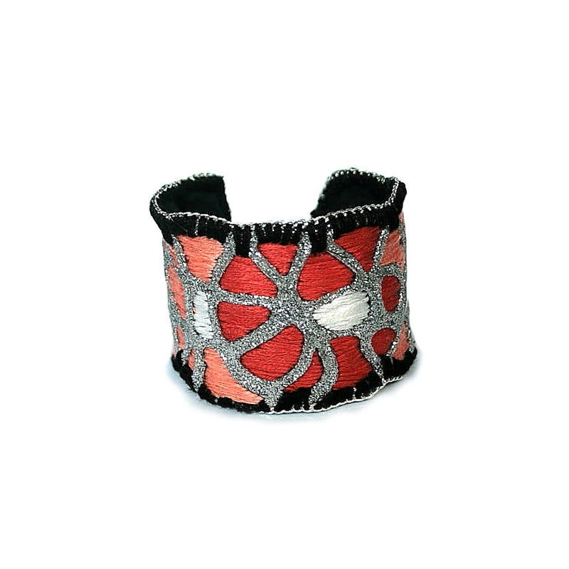 Red Roses Cuff Bracelet (silver color)
