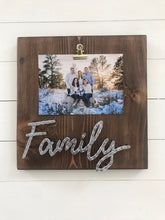 Load image into Gallery viewer, Family Picture Board