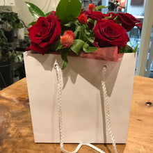 Short Red Roses in Fishbowl & Gift Bag