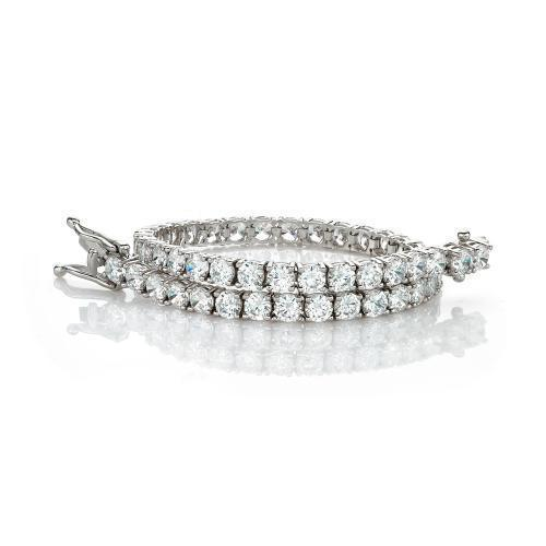 Elegant Round Brilliant Tennis Bracelet in White Gold