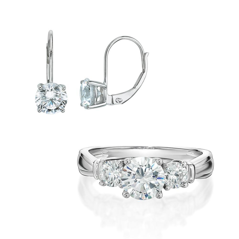 Round Brilliant Cut Claw Set Gift Set in White Gold