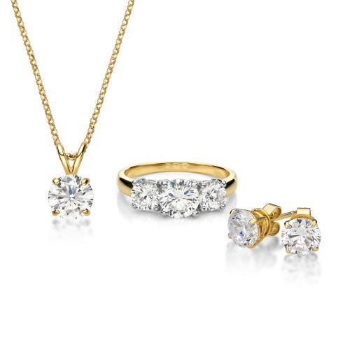 Three Stone Gift Set in Yellow Gold