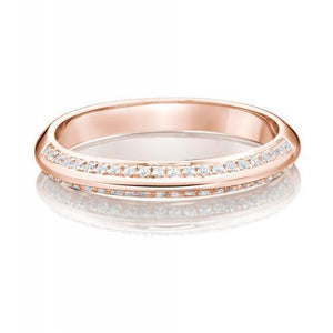 Round Brilliant Cut Knife Edge Engagement Ring and Band Set in Rose Gold