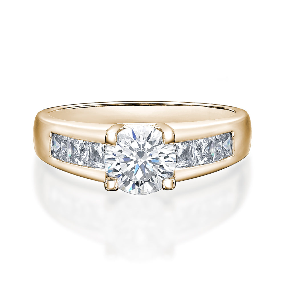 Brilliant Cut Engagement Ring in Yellow Gold
