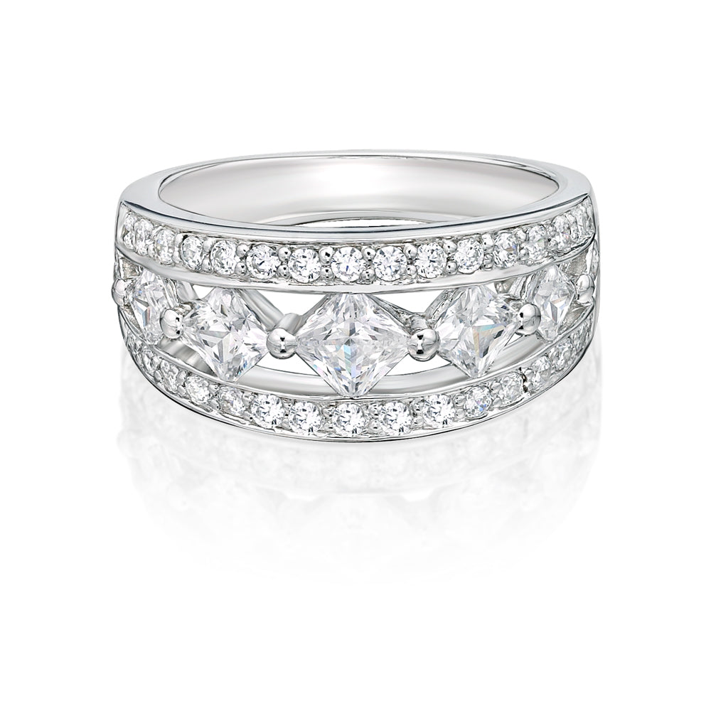 Round & Princess Cut Fancy Cut-Out Band in White Gold