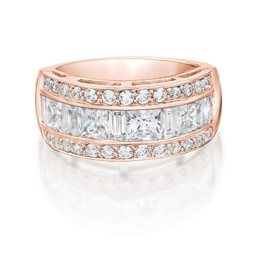 Contemporary Princess and Round Brilliant Ring in Rose Gold