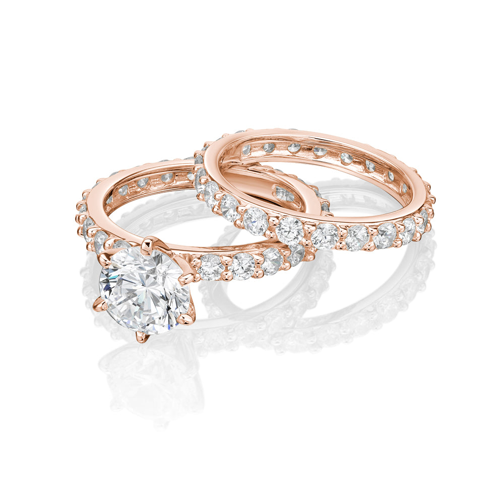 Claw Set Round Brilliant Engagement and Band Set in Rose Gold