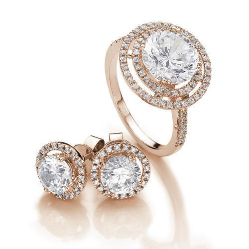Round Brilliant Halo Gift Set in Rose Gold