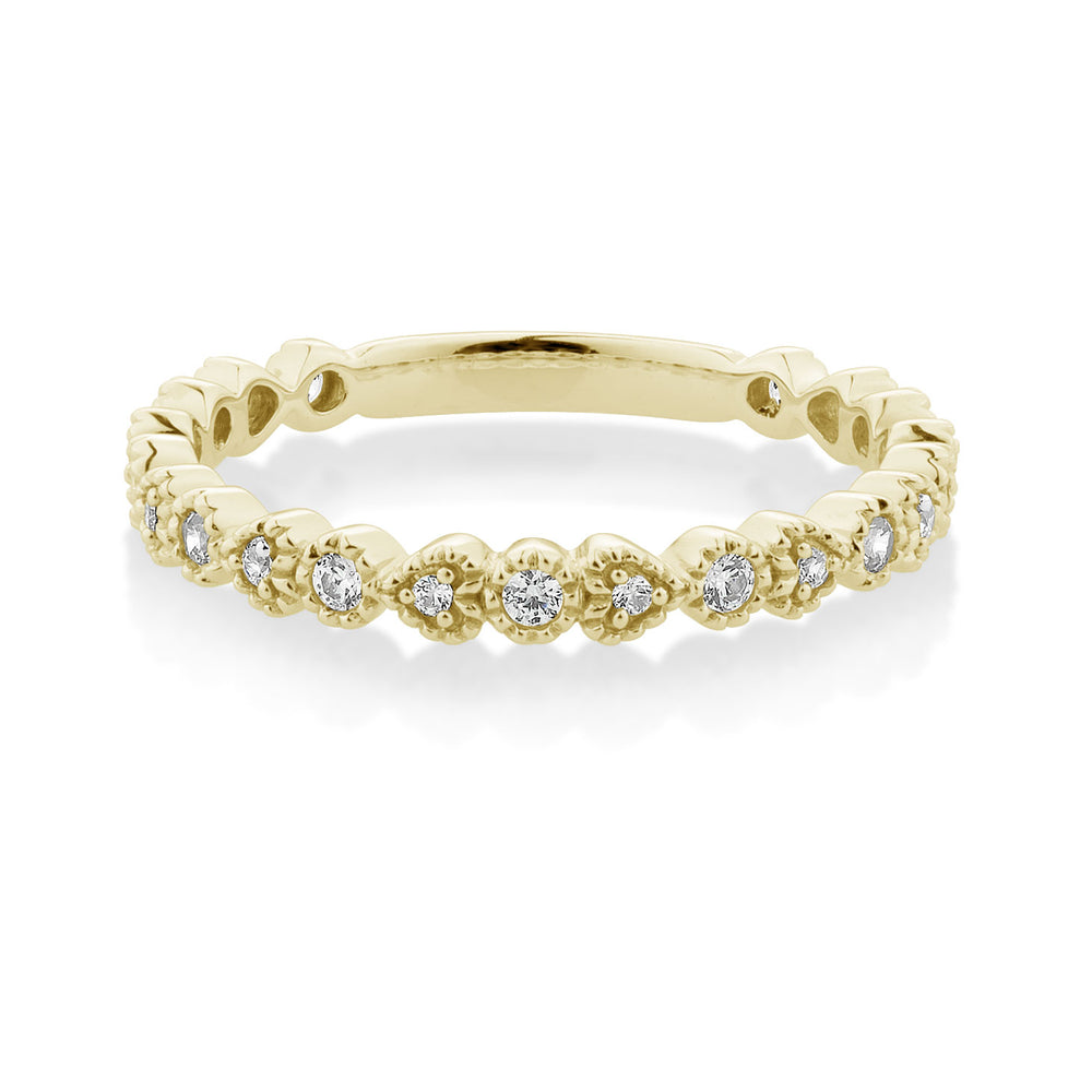 Round and Heart Celebration Band Yellow Gold