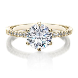Round Brilliant Cut Engagement Ring in Yellow Gold