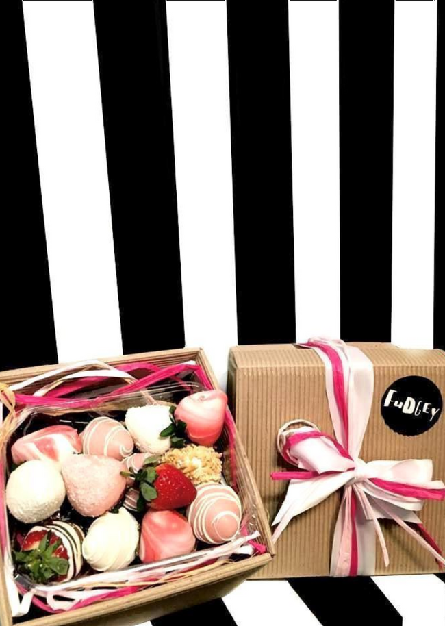 Fudgey Gourmet Pink Chocolate Dipped Strawberry Gift Hamper