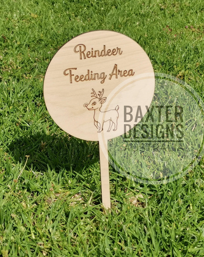Christmas Reindeer feeding Area garden sign - Baxter Designs Australia