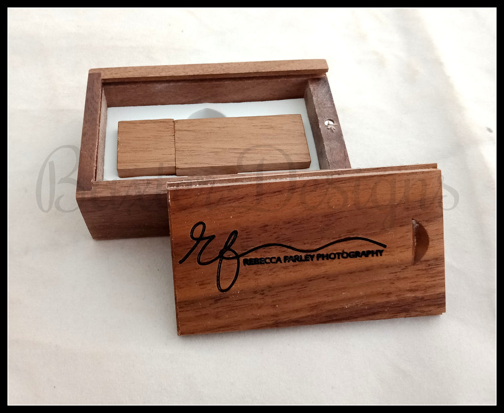 USB Box with engraved logo and Title - Perfect for photographers to give to clients