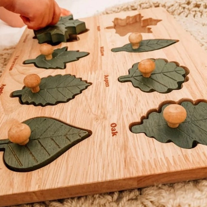 Q Toys Montessori Leaf Puzzle - Wooden Educational Toy - Mini Village