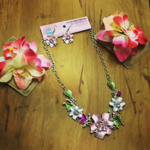 fem floral flower pink necklace and earrings set