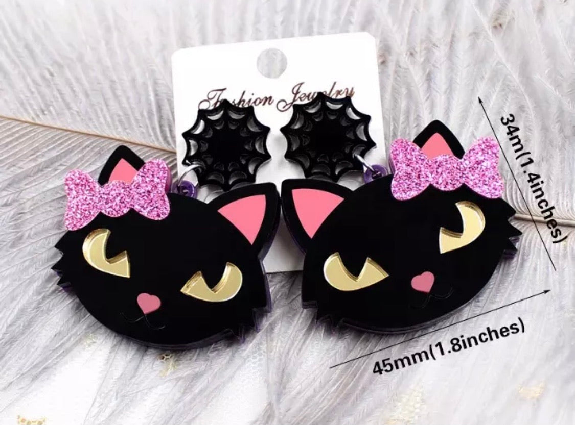Black cats with pink bows earrings