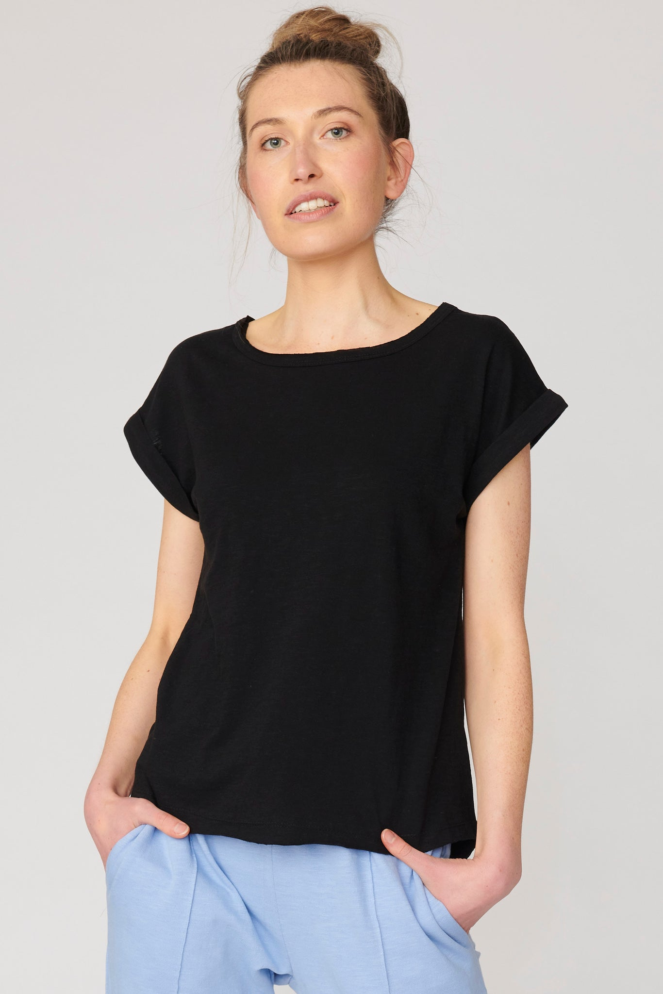 Lulu Organic Cotton Essentials - Santa Barbara Round Neck Tee Black