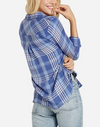 BELLA DAHL POCKET BUTTON DOWN SHIRT CROWN BLUE