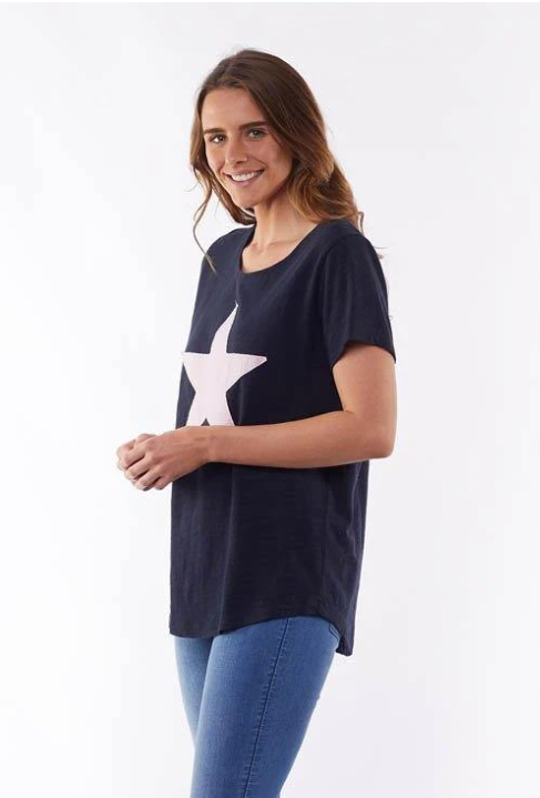 ELM LIFESTYLE STARRY EYEED TEE - NAVY