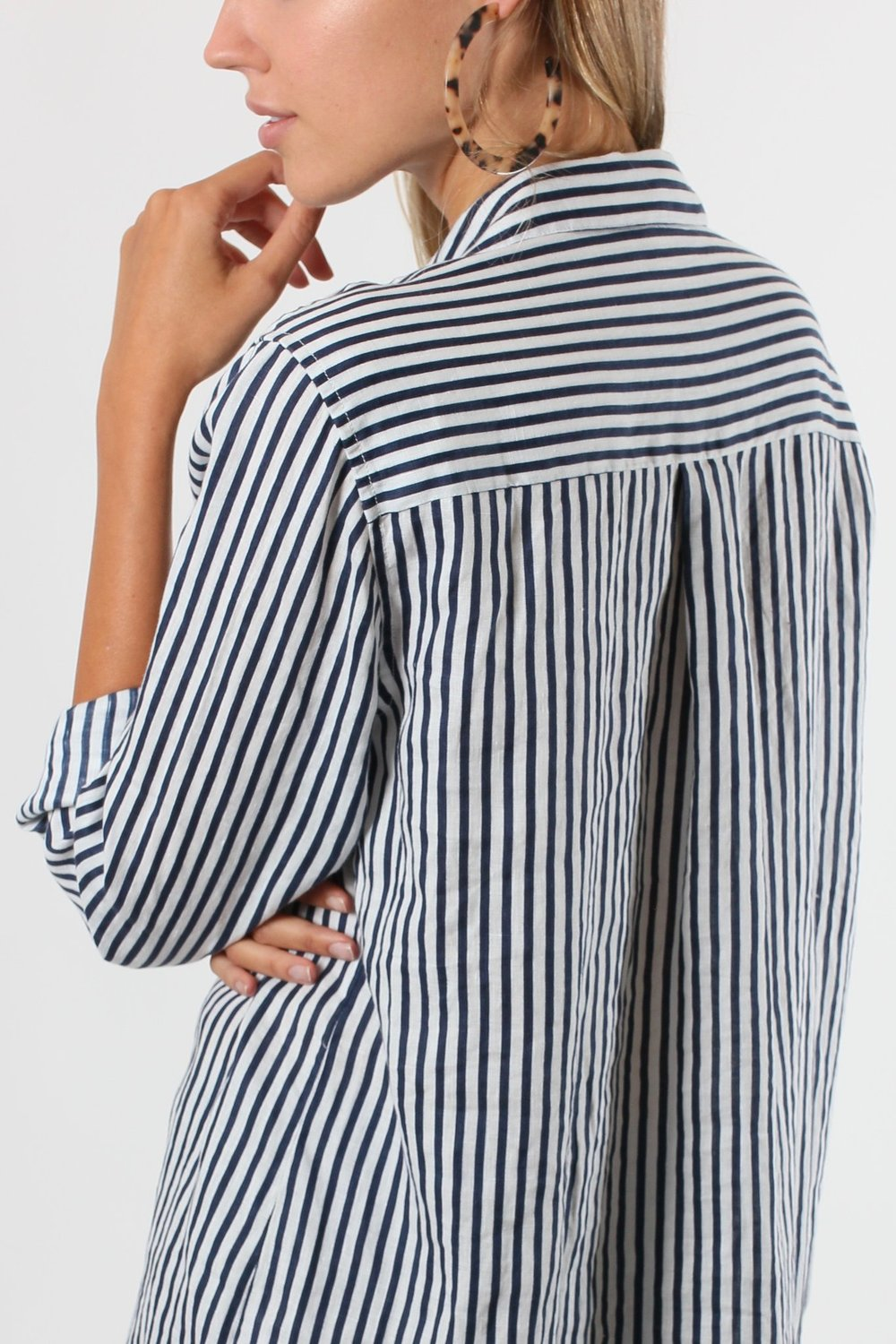 HUT NAVY/WHITE PRINTED BOYFRIEND STRIPE TOP