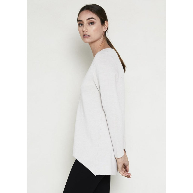 ELLA SANDERS V NECK SWEATER