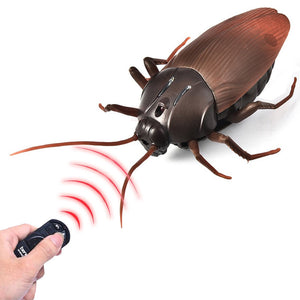Electric Remote Control Cockroach Prank Toy