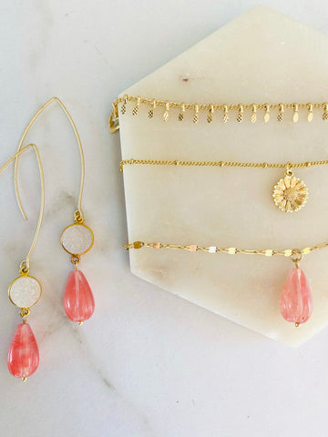 bohemian floral layering necklace set in pink rose quartz and daisy