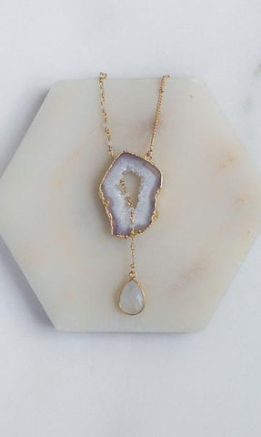 DIY bohemian and popular delicate layering necklace sets in gold, popular 2021 jewelry trends agate elegance