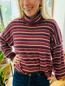 Striped Knit Turtleneck Pullover in Wine - in Large