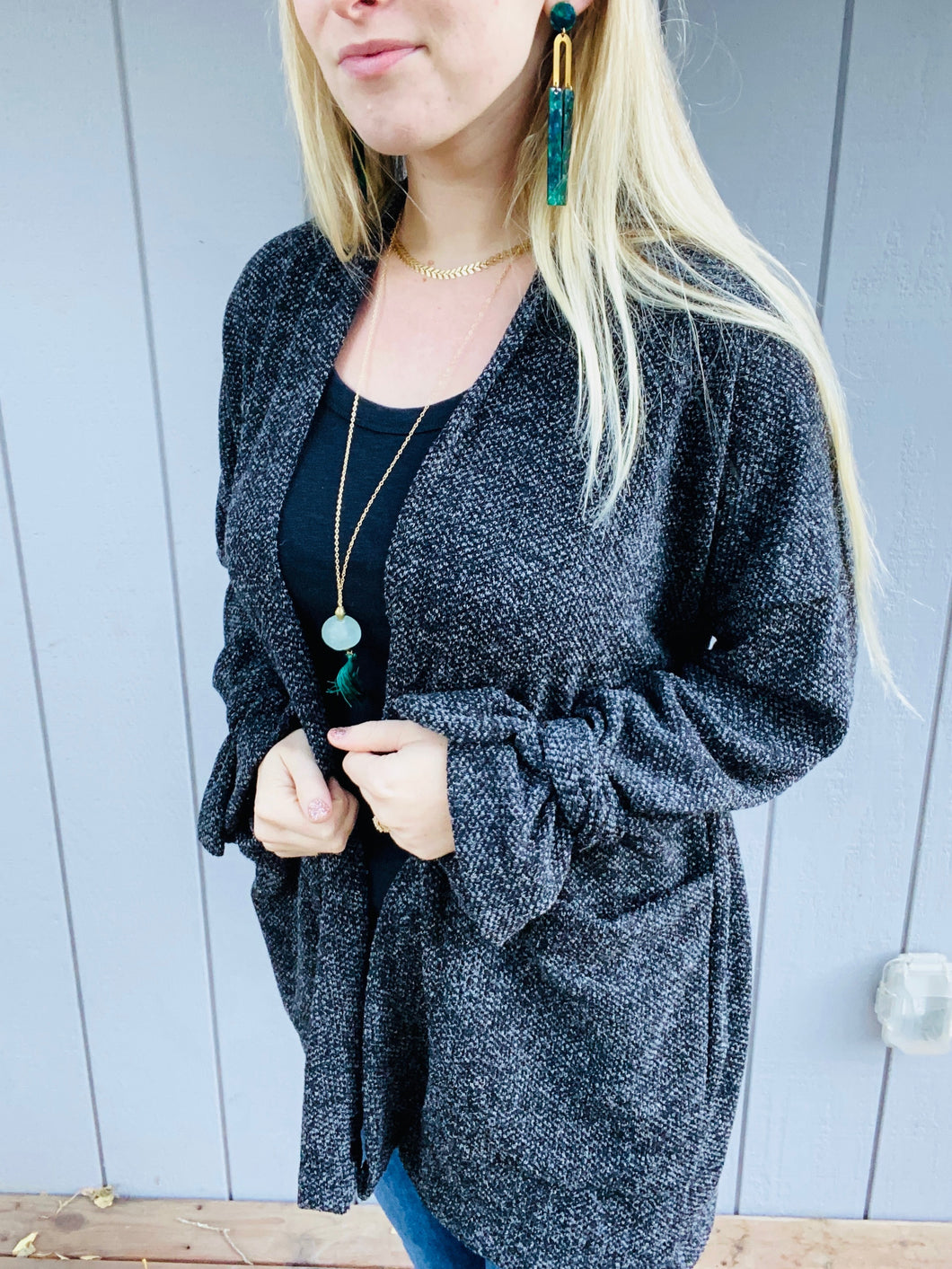 Textured Knit Open Front Cardigan in Heathered Black