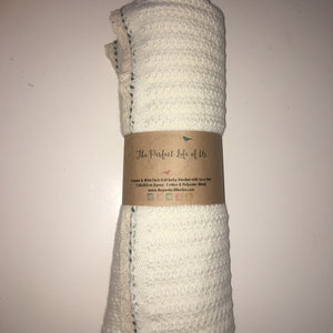 Perfect Life Of Us Cream & Mint Knitted Breathable Blanket