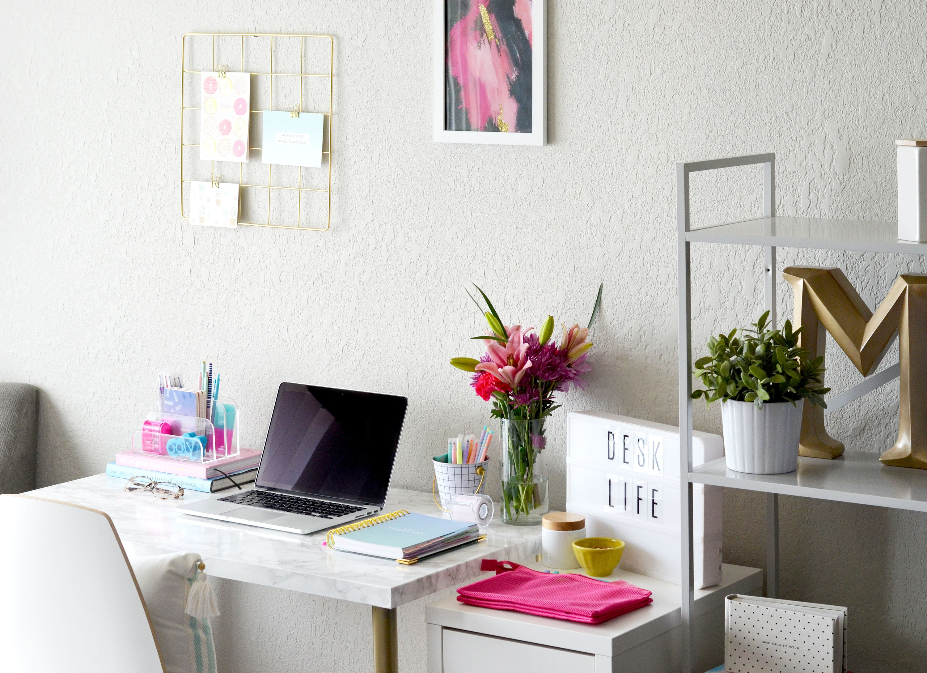 Workspacery Styled Desk with OOLY