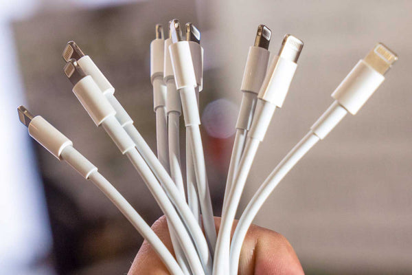 "Why Your iPhone or iPad Is Saying ""This Cable or Accessory Is Not Certified"""