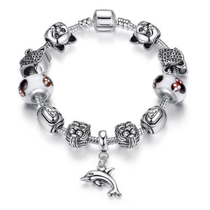 If you're looking for the best gift for a cat lover, pick up this unique sterling silver cat bracelet featuring cute cat charms.