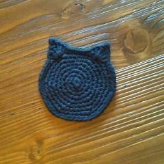 Handmade black cat coasters, great as gifts for cat lovers.