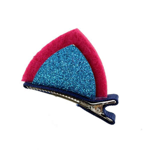 These sweet pink and blue clip on cat ears are a great way to spice up your costume.