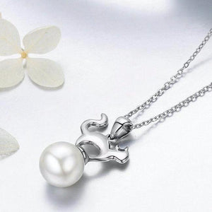This sterling silver pearl cat necklace is beautiful and elegant and looks gorgeous with any ensemble!